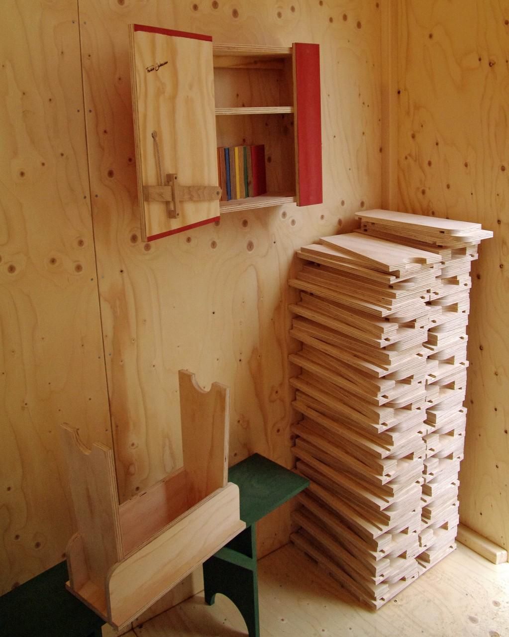 Genoeg Join the Family Zevenklapper in houten zelf-maak-meubels  DK47